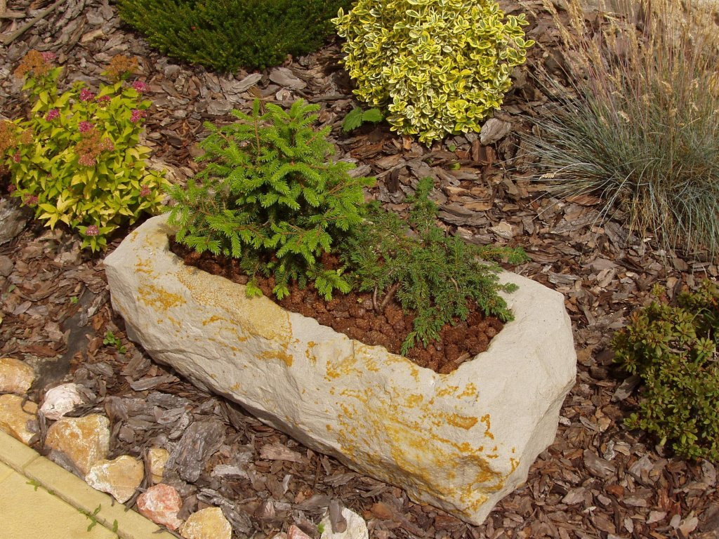 163 kamenne koryto z piskovce natur 77cm