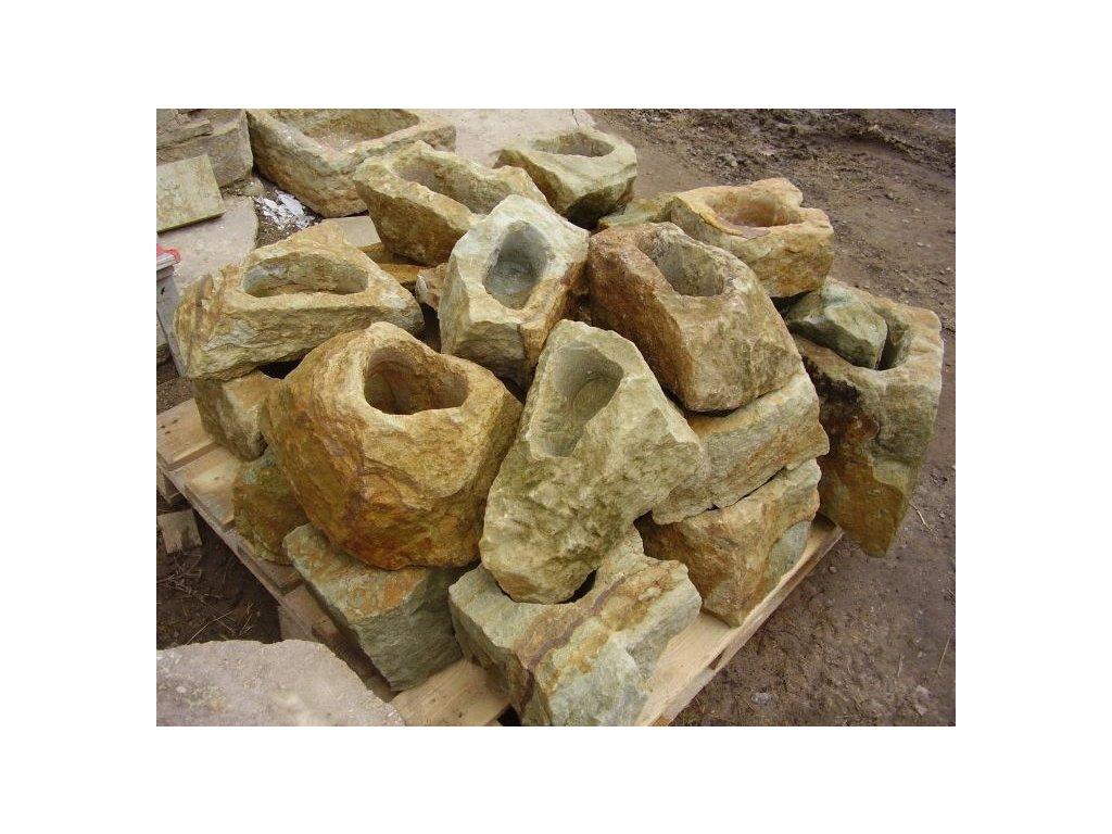 84 zahradni osazovaci kamen ndp0430 30x25x20cm z piskovce