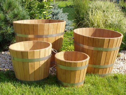 331 zahradni kvetinac vedro pr 350x250 dreveny dubovy