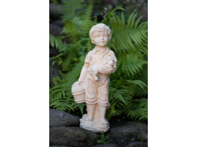 zahradní sochy a dekorace, Chlapeček s košíkem  5 kg T