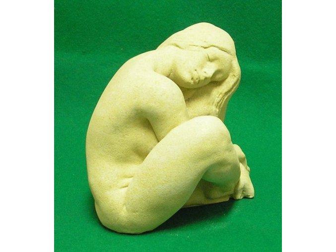 bytové dekorace-zahradní socha, soška spící dívka