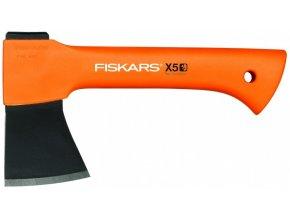 Sekera Fiskars X5 univerzální pro kempování