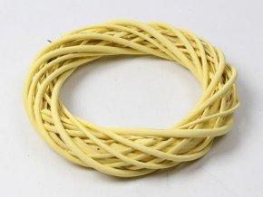 Věnec proutí - kruh 24 cm žlutý