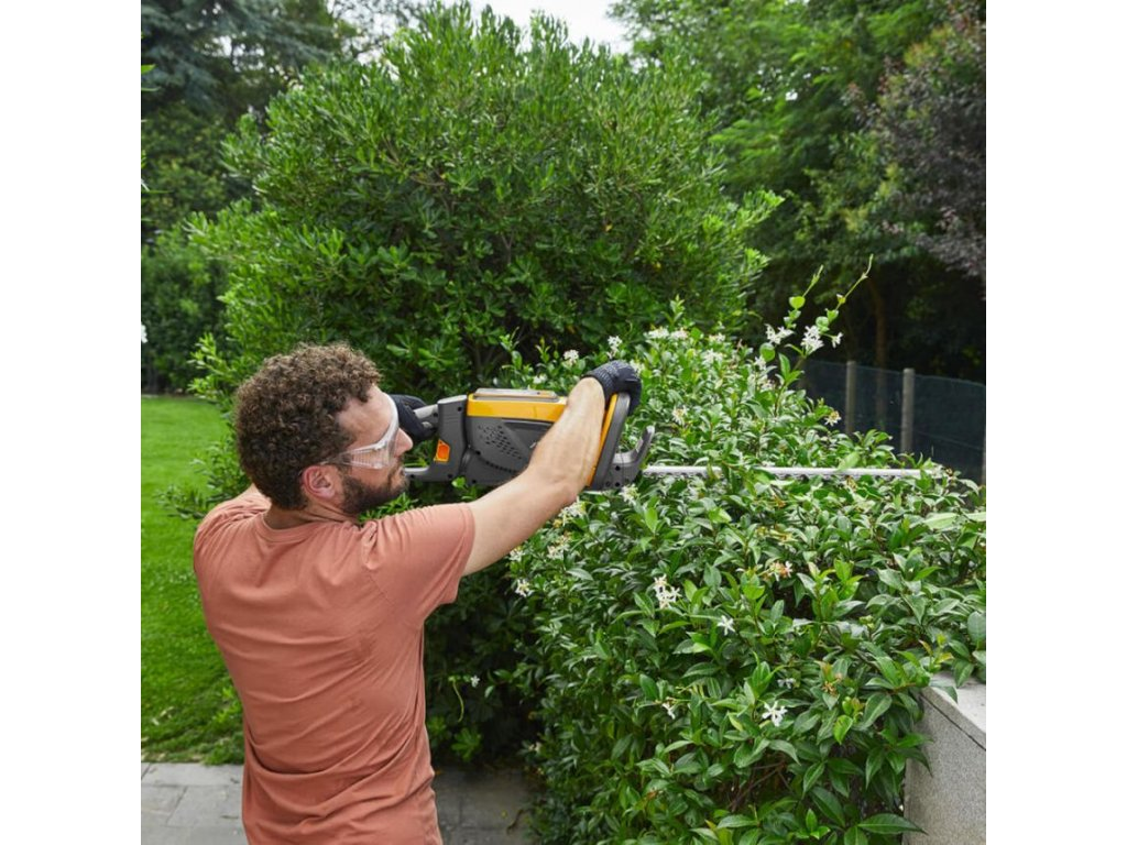 SHT 48 AE Hedge Trimmer
