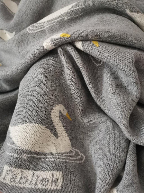 Fabliek deka labuť