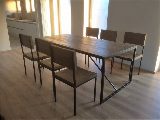 Velký industriální jídelní stůl + 6 židlí