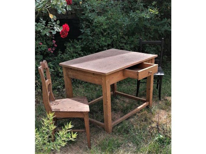 Starý jídelní stůl Adam