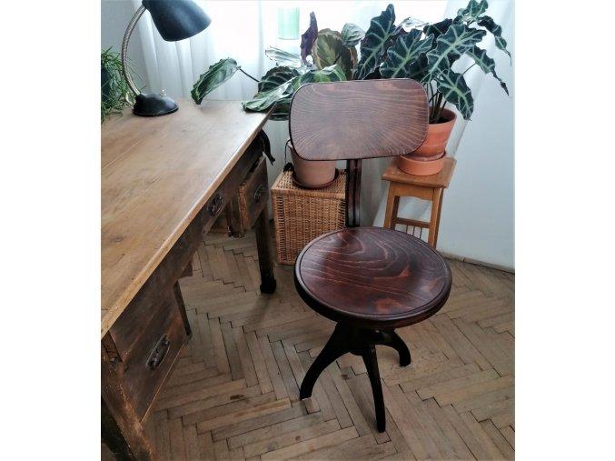 .. otočná židle Thonet  - Vladiboj