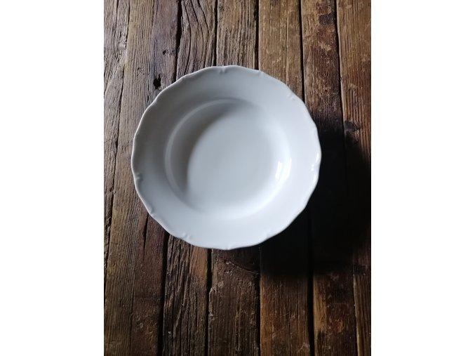 hluboký talíř 21