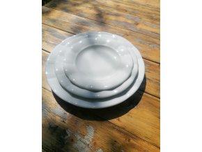 ...Venkovská klasika - tlustostěnný  mělký jídelní talíř - 2 velikosti