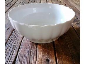 ...VENKOVSKÁ KLASIKA - bílá porcelánová mísa  s vlnitým okrajem - 24 CM