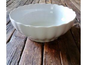 ...VENKOVSKÁ KLASIKA - bílá porcelánová mísa  s vlnitým okrajem - 26,5 cm