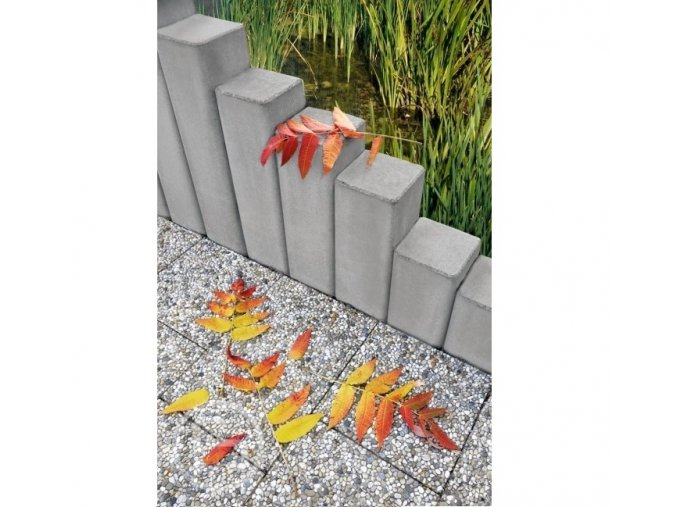 Palisáda čtvercová přírodní (průměr 20x20x150 cm)