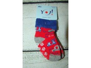 Ponožky YO! froté protiskluzové červené s auty a motorkou vel. 20/22