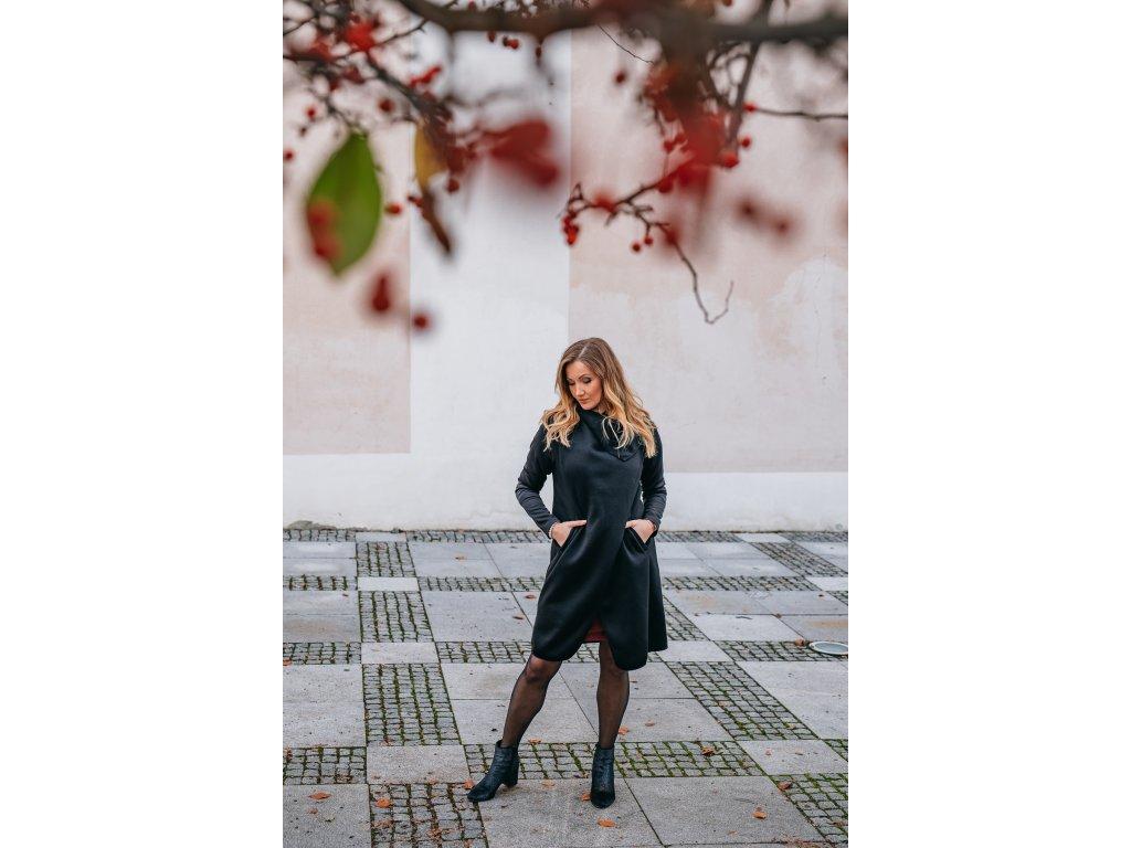 Kabát - dámsky - pleteninový - černý - s - neoprenovými - rukávy