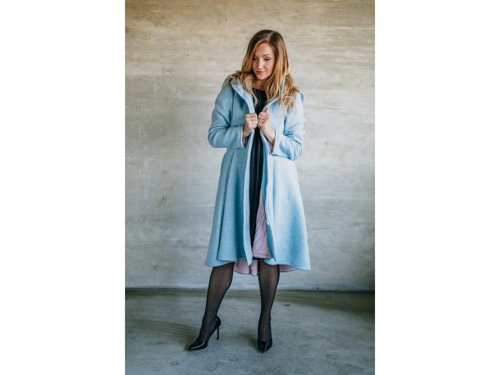 Kabát blankytně modrý  -LIMITKA