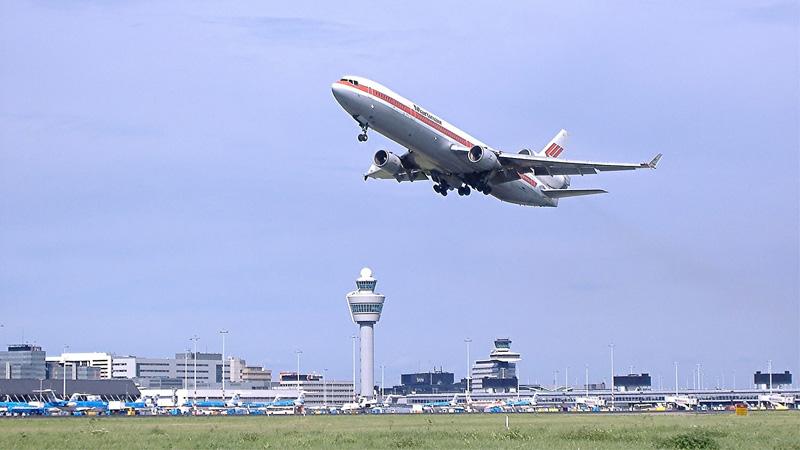 Kosmetické desatero do 100 ml aneb co vše považuje letecká společnost za tekutinu