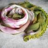Barevný šátek s krajkou | růžové + červené odstíny