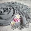 Společenský šál s krajkou - černé / šedé odstíny