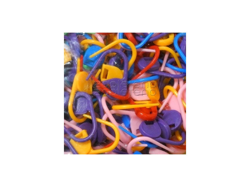 znackovace znacky zapinaci plast