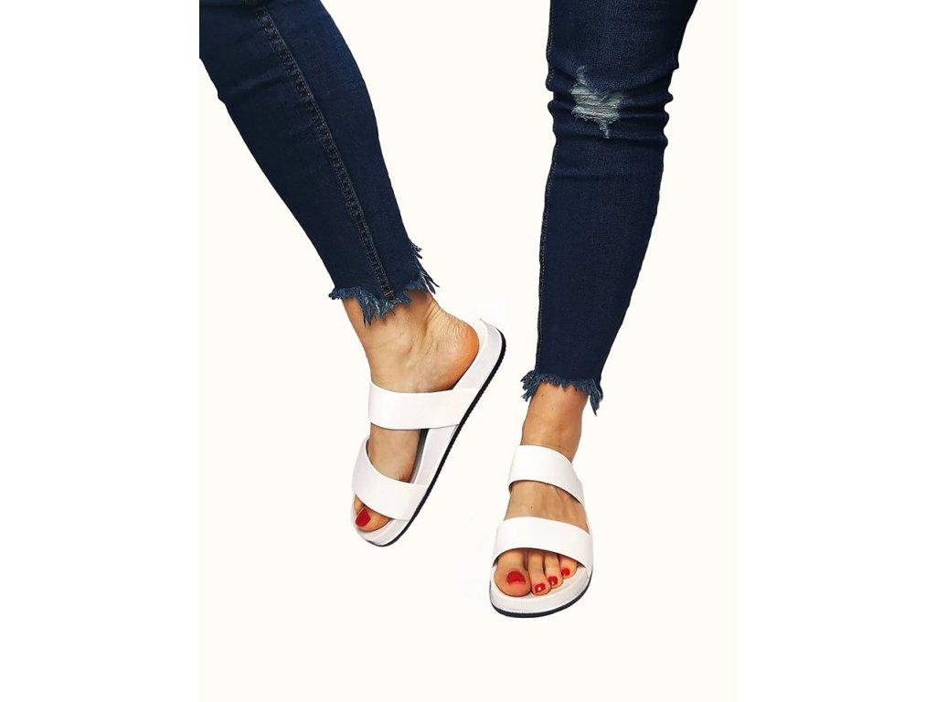 pantofle pásek bílé