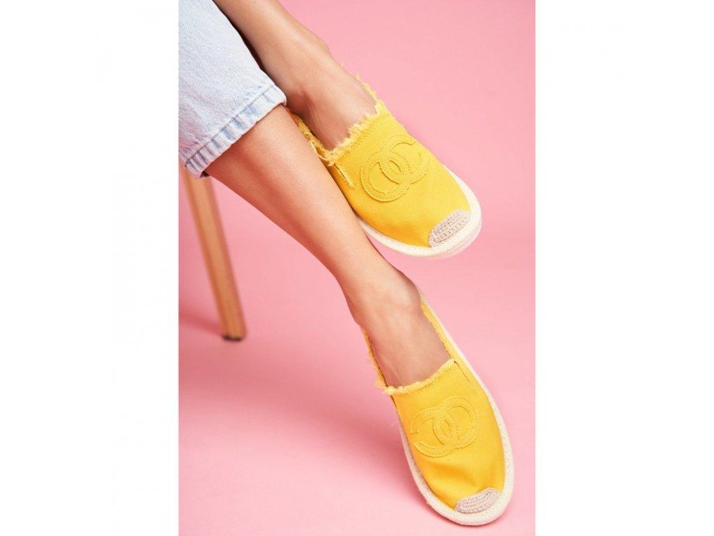 espadrilky žluté.