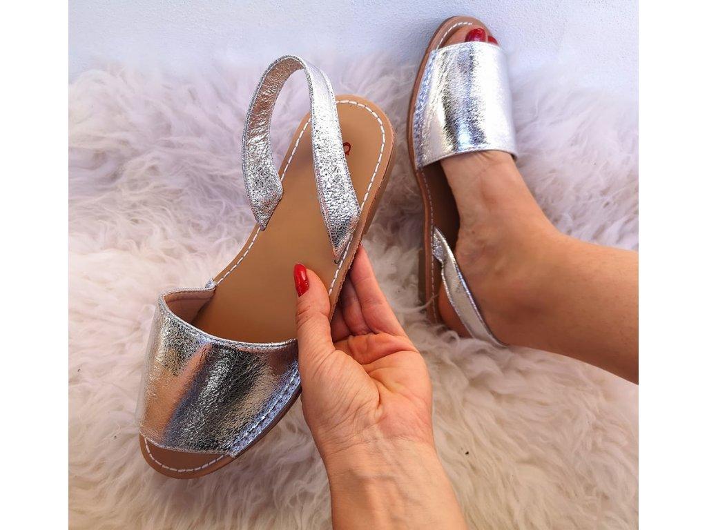 sandálky stříbrné