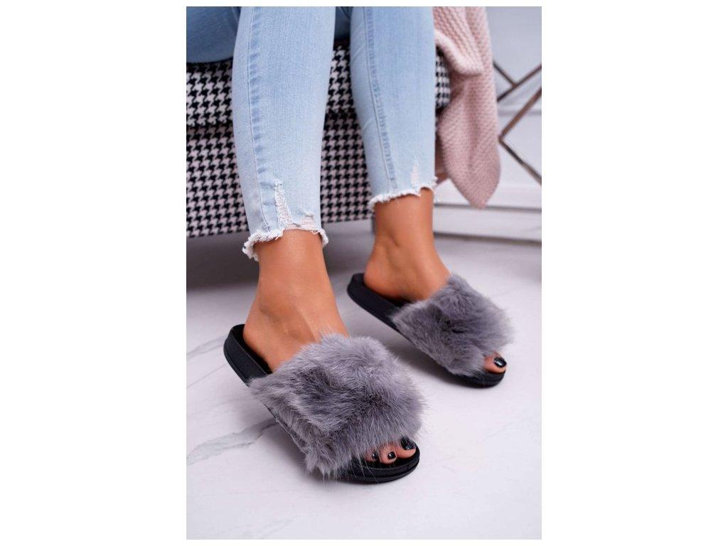 chlupaté pantofle šedé