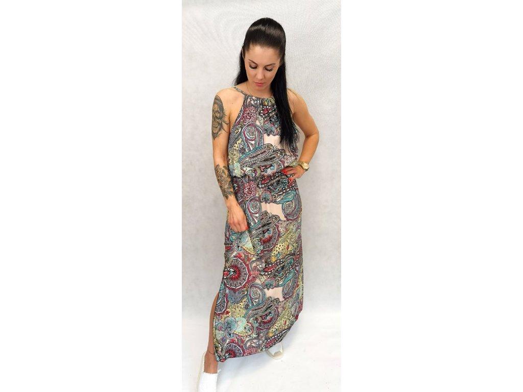 Dlouhé šaty s rozparkem