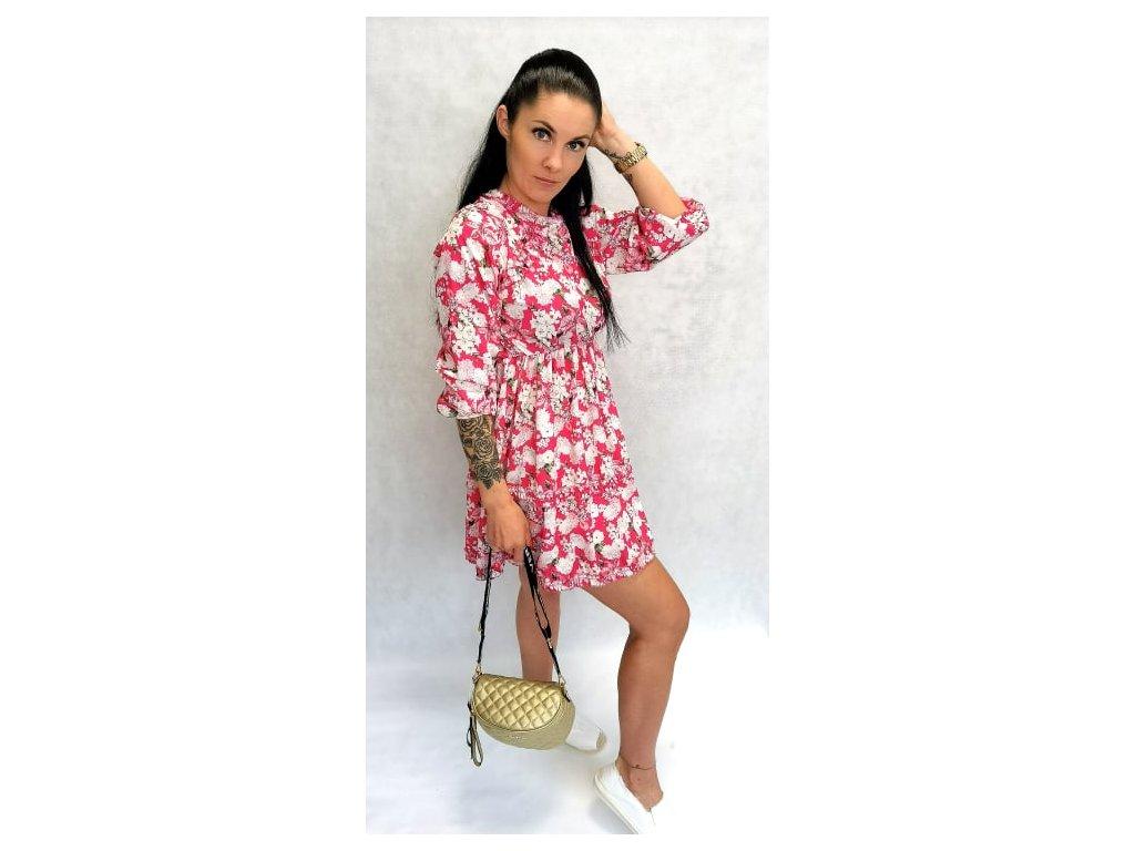 šaty s kytičkami růžové