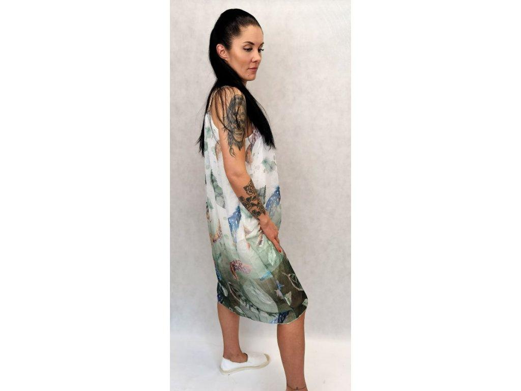 šaty pírka zelené