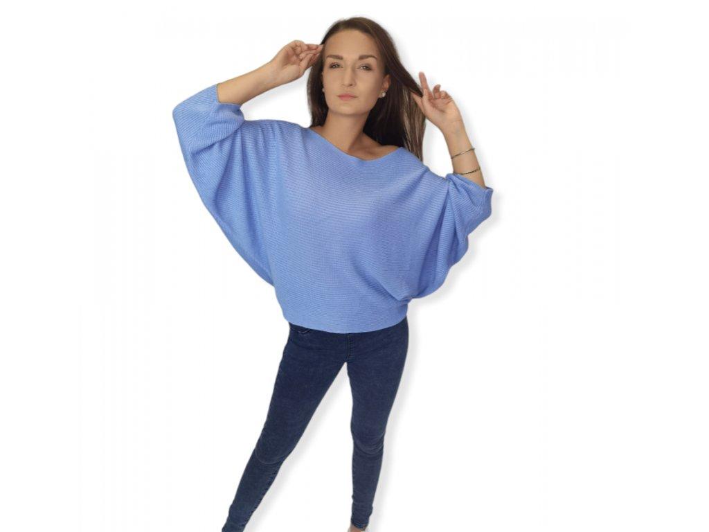 svetr modrý