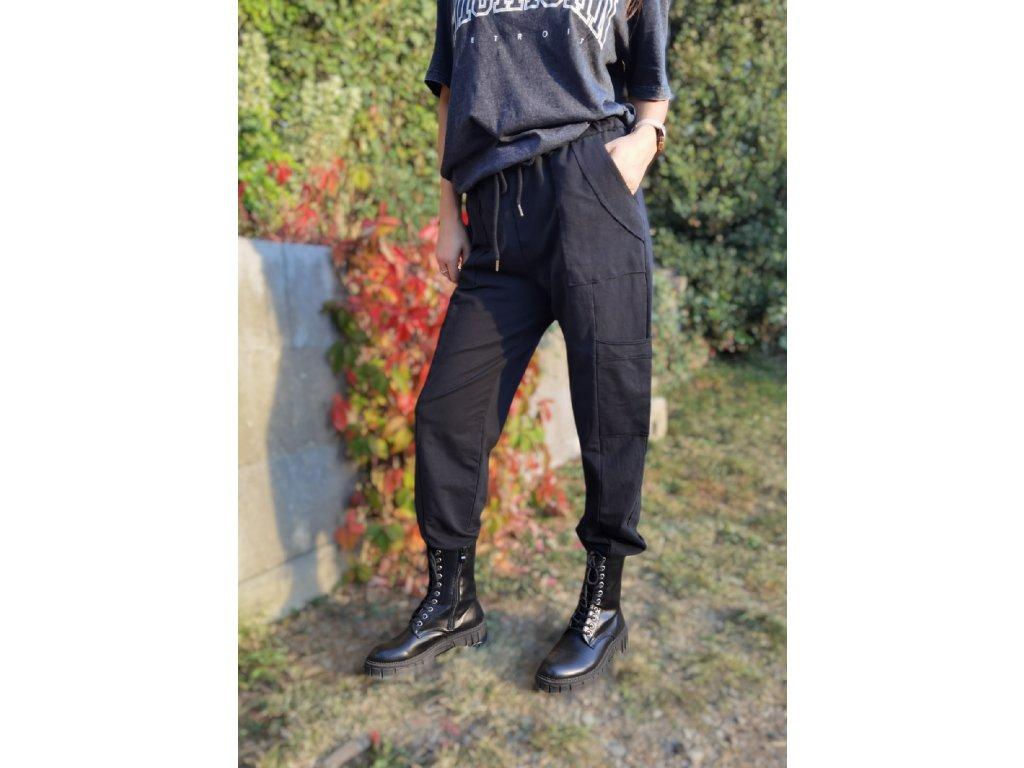 Dámské teplákové kalhoty černé