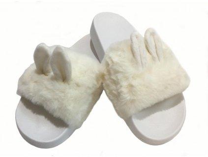 uši bílé