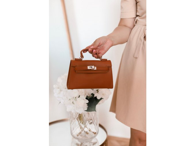 18071 3 trendy mini kabelka v hnedej