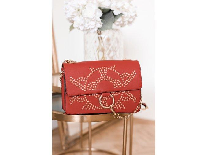 18452 1 vybijana cervena kabelka