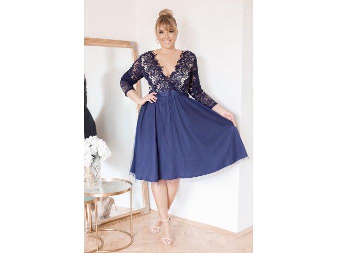 Tmavě-modré šaty s krajkou a dlouhým rukávem