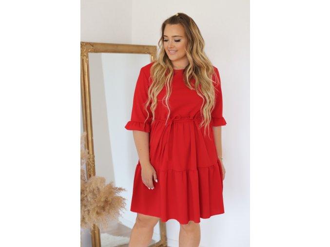 Krátké šaty s prošívanou sukní a opaskem - červená (Veľkosť XXXL)