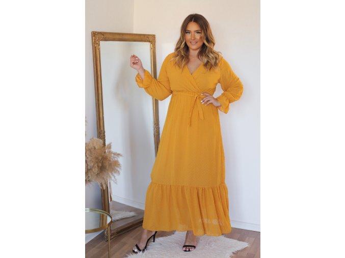Dlouhé hořčicově-žluté puntíkované šaty s páskem (Veľkosť L)