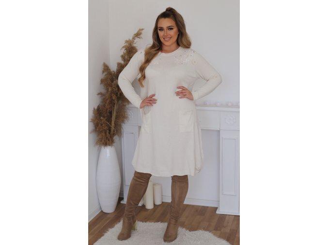 Volné svetrové šaty s krajkou na ramenou - krémově bílá (Veľkosť XL/XXL)