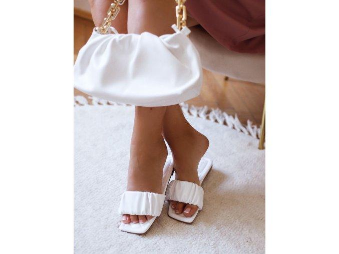 Pantofle v bílé barvě (Veľkosť 41)