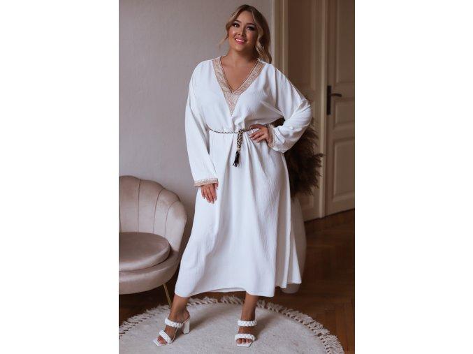 Dlouhé volné šaty s krajkovým lemem a páskem v bílé (Veľkosť XL/XXL)