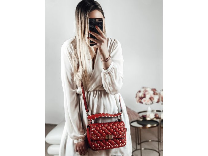 Červená dámská kabelka