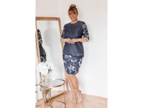 Tmavě-modré puntíkované šaty s květinami