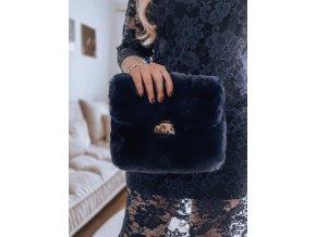 23315 tmavomodra kabelka z umelej kozusiny