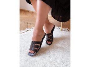 Černé pantofle s efektem krokodýlí kůže (Veľkosť 41)