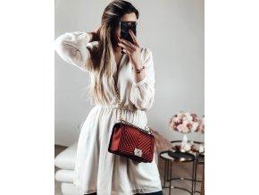 Červená kabelka Lana