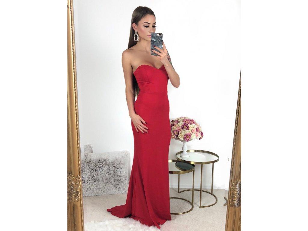 Dlhé červené šaty bez ramienokDlhé červené šaty bez ramienok a492eccca8c