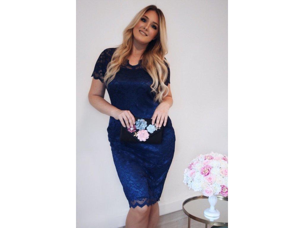 Tmavo-modré čipkované šaty pod kolená