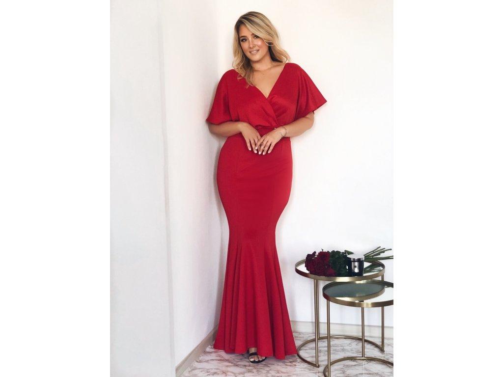 77d7c1186383 Dlhé spoločenské šaty v červenej farbe